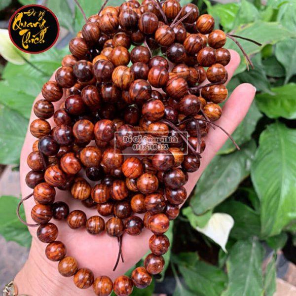 Vòng đeo tay gỗ sưa Quảng Bình 10mm vân siêu đẹp