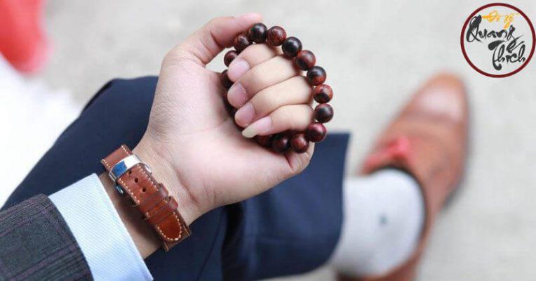 tác dụng của vòng đeo tay gỗ sưa đỏ